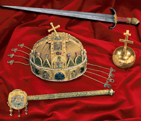 Crown, Crown of St. Stephen, Holy Crown of Hungary